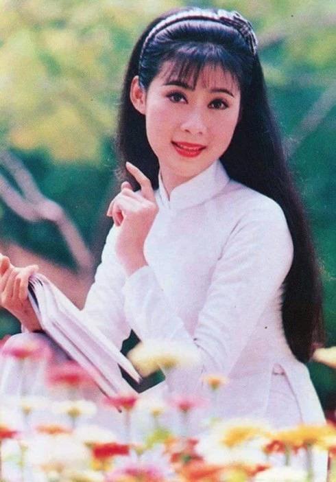 Đệ nhất mỹ nhân màn ảnh Việt Diễm Hương và những nốt thăng trầm khó quên trong cuộc đời 5