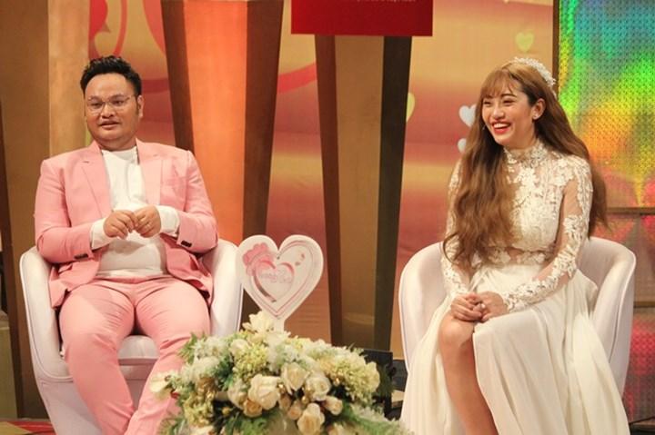 Vinh Râu phũ phàng làm điều này ngay khi ly hôn với vợ cũ Lương Minh Trang? 4
