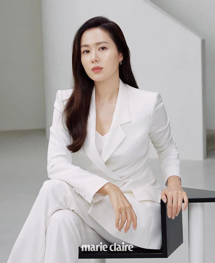 Đọ visual cực gắt, Song Hye Kyo hay Son Ye Jin chiếm thế 'thượng phong'? 1