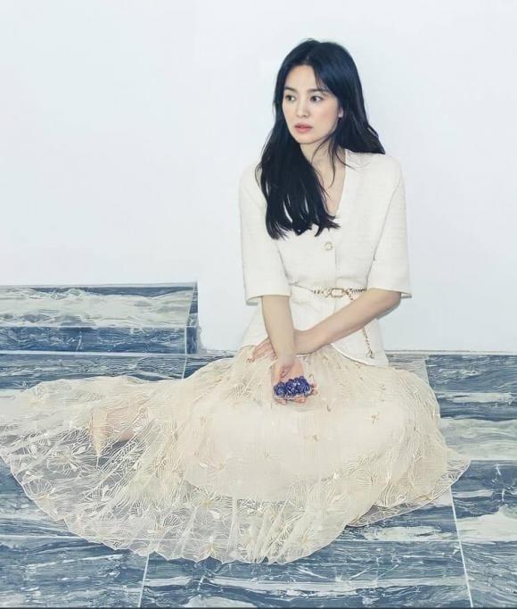 Song Hye Kyo chứng tỏ đẳng cấp 'chiếu trên' với chồng cũ, 'đi ngủ' cũng ra cả chục tỷ 2