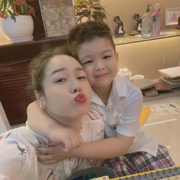 Sao Việt 14/8: Góc khuất đời tư của 'bà hoàng truyền hình VTV', Midu bất chấp lời cảnh báo chỉ để 'thả thính' 4
