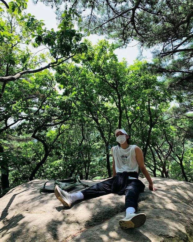 Tài tử điển trai Ji Chang Wook hiếm hoi lộ diện sau thời gian điều trị Covid, diện mạo gây chú ý 3