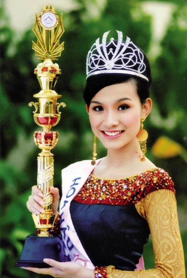 Hoa hậu Thuỳ Lâm đau lòng báo tang sự, dàn sao Việt xót xa gửi lời chia buồn 4