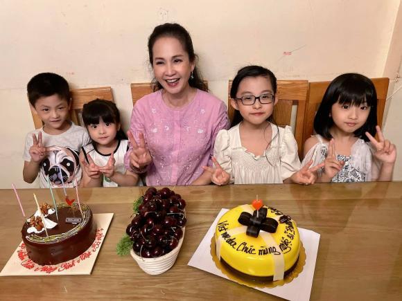 'Mẹ chồng quốc dân' Hương Bông gây ngỡ ngàng với nhan sắc ở tuổi 60 2