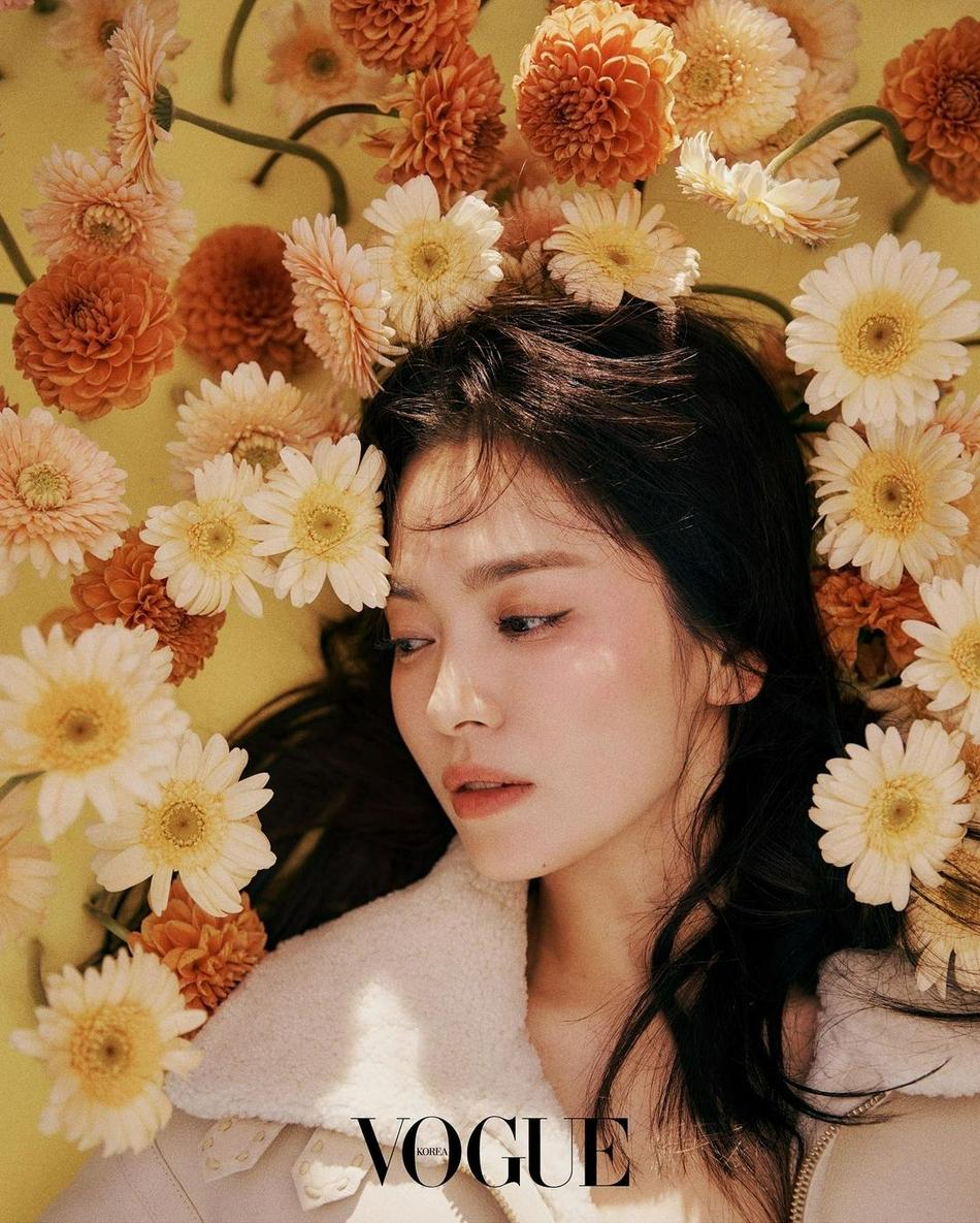 Song Hye Kyo rũ bỏ quá khứ đón nhận 'khởi đầu mới', thổi hồn vào bộ ảnh với nhan sắc đầy lạ lẫm 7