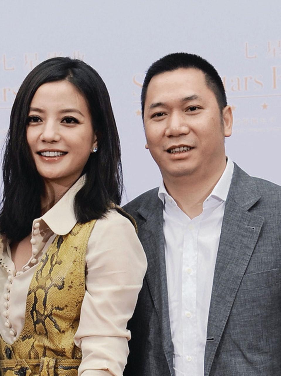 Đây mới thực sự là lý do khiến Triệu Vy 'rớt đài': Mối quan hệ 'trong tối' với ông trùm Alibaba được phơi bày 2