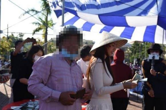 Thuỷ Tiên đanh thép đáp trả tin đồn 'lươn lẹo' khi đi từ thiện ở Quảng Ngãi 3