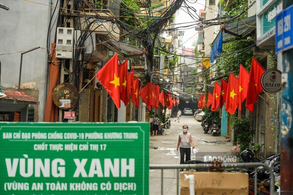 Hà Nội không áp dụng giấy đi đường và phân chia 3 vùng sau 6h ngày 21/9 2