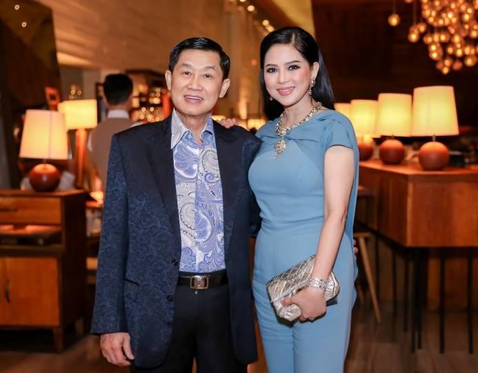 Cách xưng hô đặc biệt hiếm có của mẹ chồng Tăng Thanh Hà với người chồng tỷ phú quyền lực 2