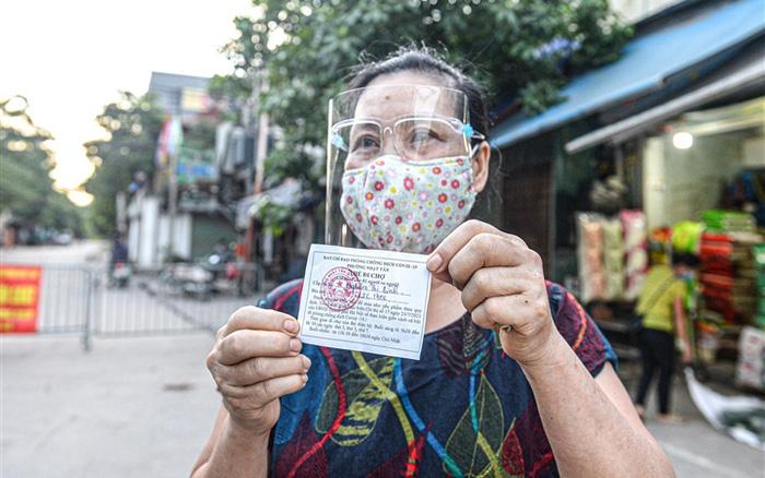 Hà Nội sẽ áp dụng phiếu đi chợ cho toàn thành phố, mỗi hộ có thể đi chợ 4 lần/tuần 1