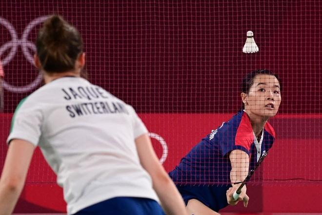 Olympic Tokyo: Mỹ nhân cầu lông Việt Nam đi vào lịch sử sau khi phục hạ đối thủ số 1 Thụy Sĩ 2