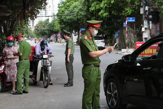 Hà Nội tiếp tục giãn cách xã hội thêm 14 ngày, yêu cầu người dân 'ai ở đâu thì ở đó' 2