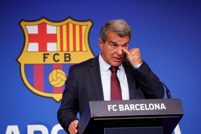 Chủ tịch Barca: Messi hết cửa trở lại Camp Nou, đã có lời đề nghị từ CLB khác 3