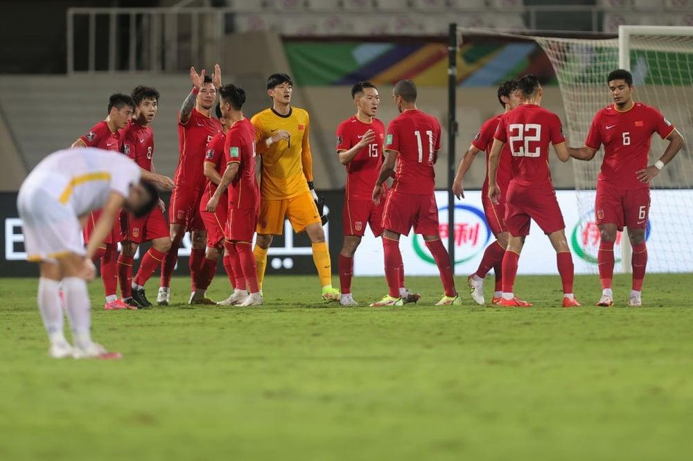 Thua trên thế thắng trước Trung Quốc, tuyển Việt Nam được CĐV Thái Lan động viên 4