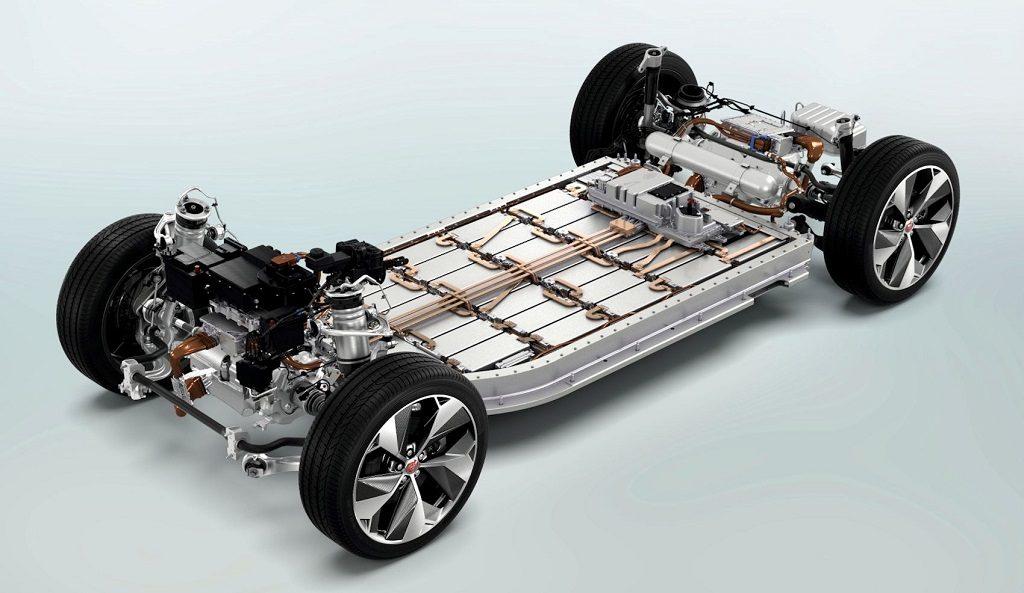 Ô tô điện hỏng, chủ xe nhận về hóa đơn sửa chữa bằng cả chiếc Kia Morning 3