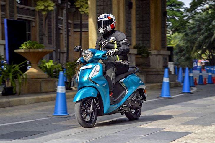 Yamaha Fascino Fi Hybrid chốt giá không ngờ, Grande siêu tiết kiệm xăng khó lòng cạnh tranh 4