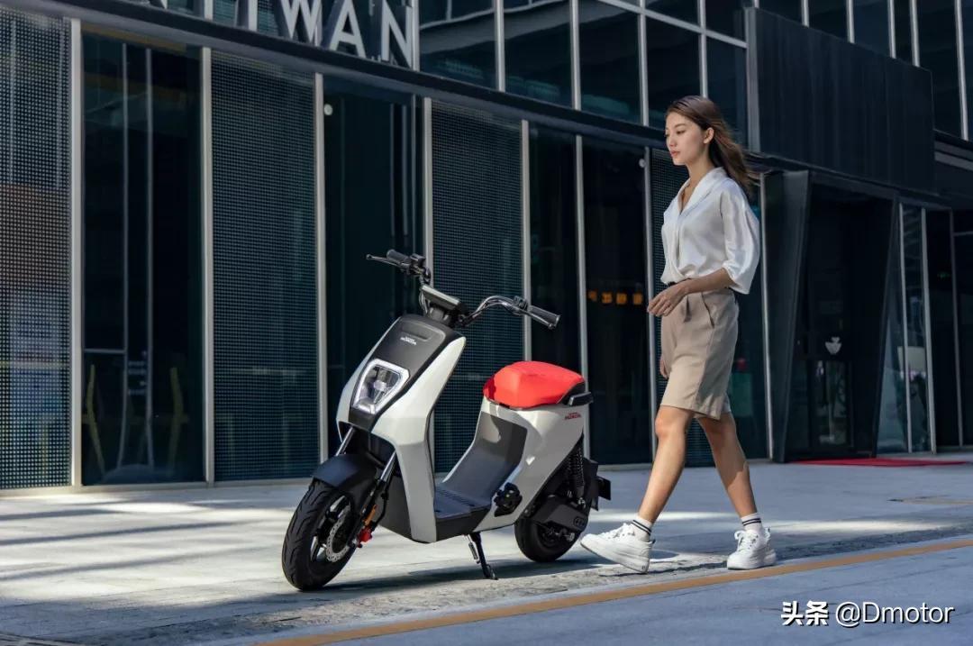 Honda giới thiệu mẫu xe máy điện giá rẻ, làn gió mới hứa hẹn khuấy đảo thị trường 2