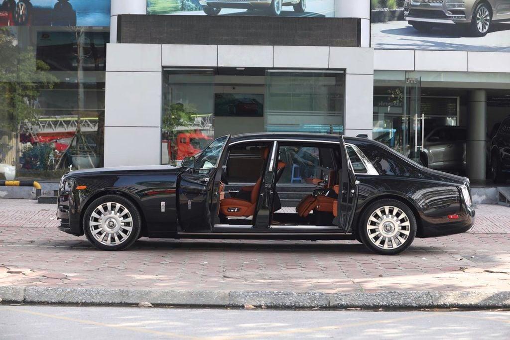 Top 3 sedan hạng sang đắt nhất Việt Nam: Rolls-Royce dẫn đầu, bất ngờ vị trí thứ 3 2