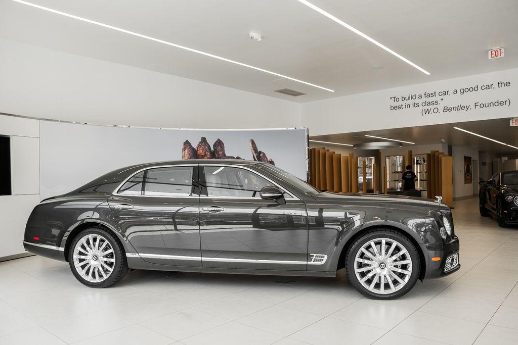 Top 3 sedan hạng sang đắt nhất Việt Nam: Rolls-Royce dẫn đầu, bất ngờ vị trí thứ 3 12