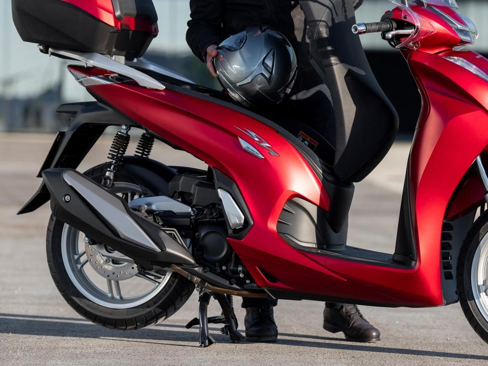 Honda SH 350i chạy thử nghiệm khá ấn tượng, sắp được bán chính hãng tại Việt Nam  3