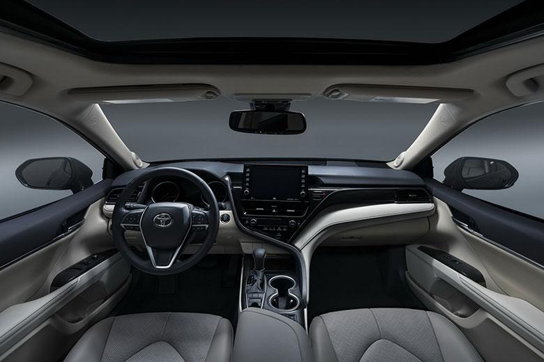 Bộ đôi sedan của Toyota giảm giá cực sâu, VinFast Lux nguy cơ bị bỏ lại phía sau 3