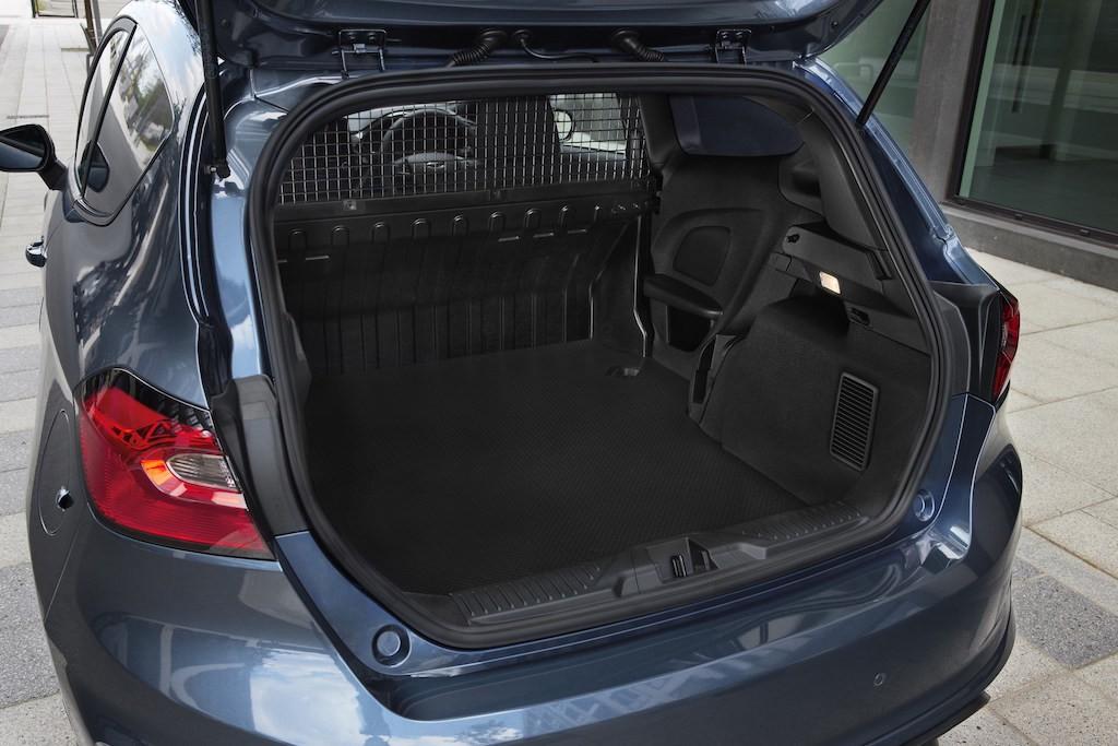 Ford ưu ái nâng cấp một loạt trang bị 'siêu hot' cho Fiesta 2022, chiếc hatchback bán chạy hàng đầu thị trường 8
