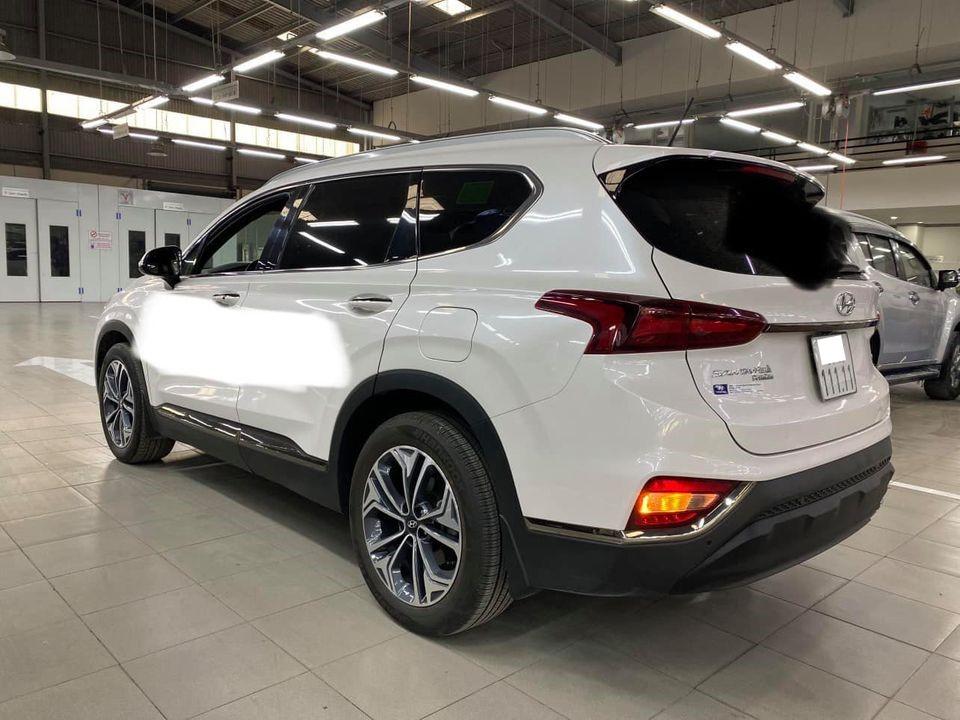 Rao bán Santa Fe 'chạy chán' hơn 5 vạn, chủ xe vẫn dư tiền mua lại bản mới nhất năm 2021 4