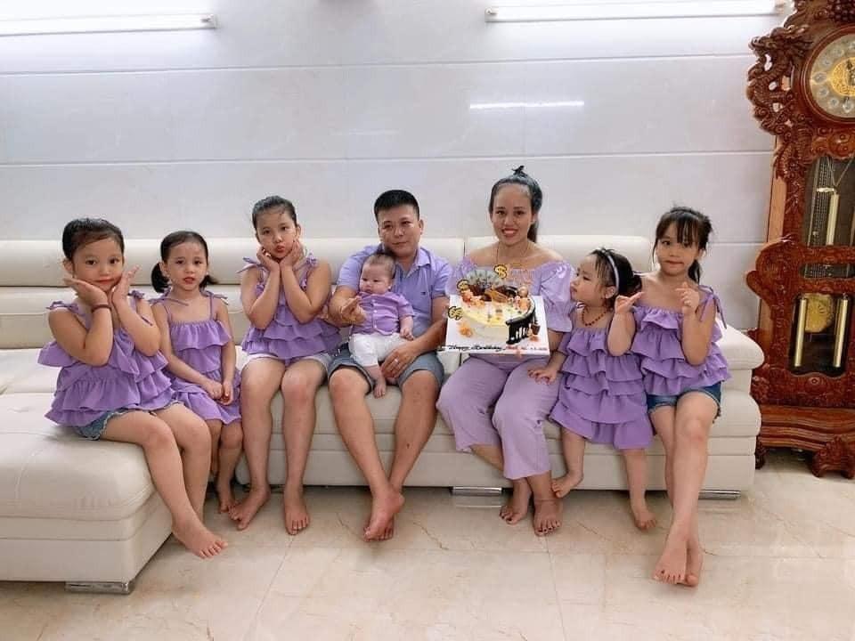 Cặp vợ chồng làm dậy sóng mạng xã hội khi sinh 5 gái 1 trai liền tù tì 5