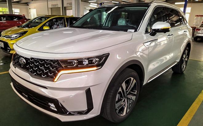 Tin xe hot nhất 31/7: Con trai Lệ Quyên tậu xe chục tỷ đồng, KIA Sorento giảm giá 5