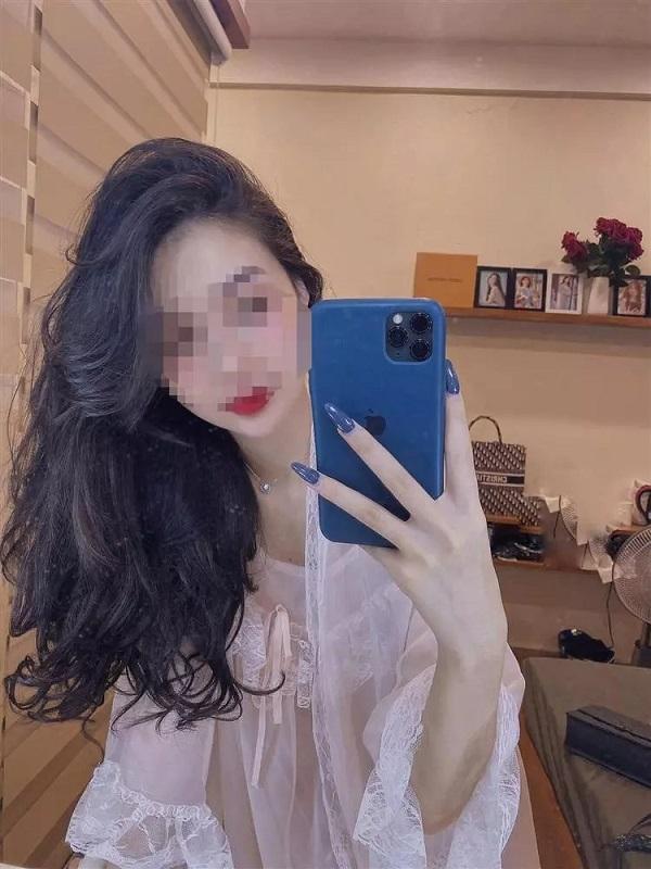 Hot girl Vũ Thị Anh Thư lên đồ xuyên thấu, chính thức trở lại MXH hậu ồn ào 1