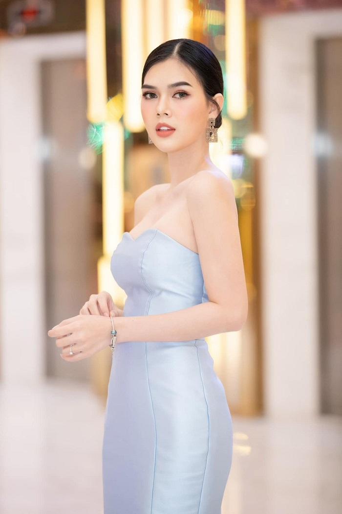Vẻ đẹp chẳng thua kém 'nữ hoàng nội y' của người mẫu vừa đi tu Ngọc Trinh 1