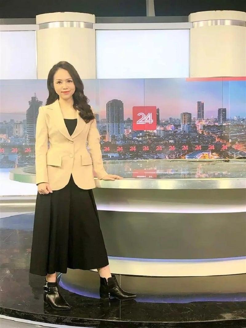 Tất tần tật về MC, BTV Hiền 'cua' - 'bà trùm càkhịa' nổi tiếng của VTV 5