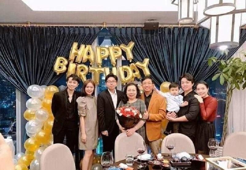Clip Gil Lê tận tình chăm chút cho Hoàng Thùy Linh gây 'sốt' mạng 4