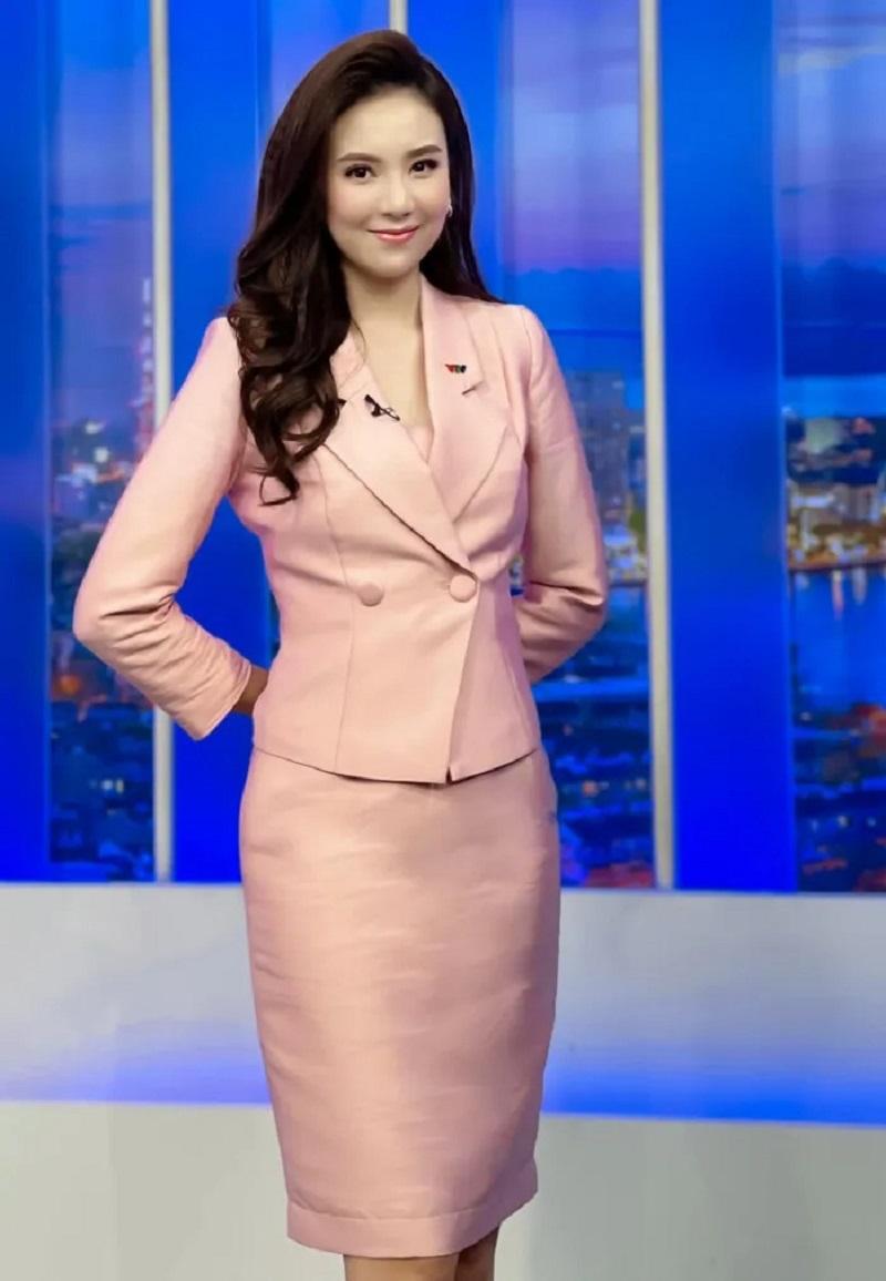 Nữ MC, BTV giàu nhất nhì VTV hé lộ thói quen lạ khó ai có thể theo kịp 5