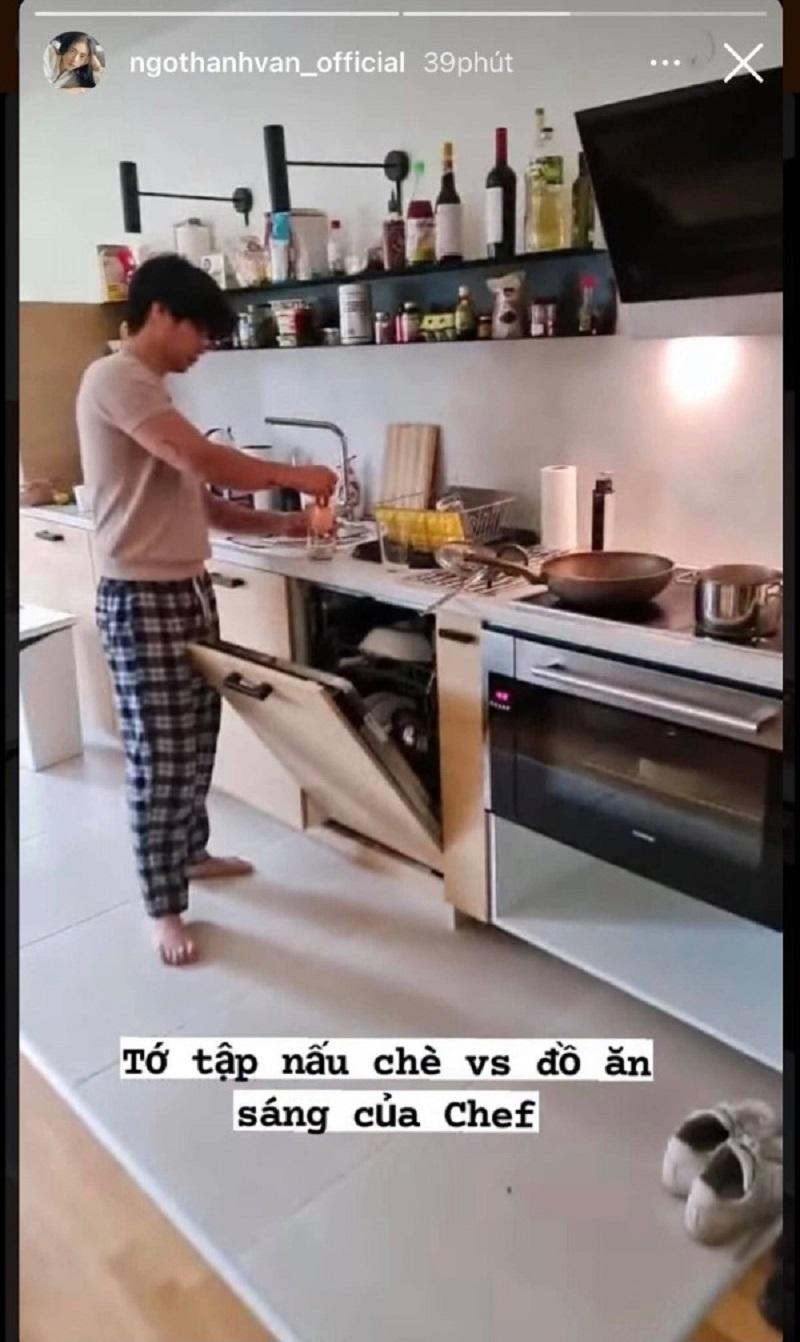 Ngô Thanh Vân lại khiến chị em ghen tị khi được bạn trai kém 11 tuổi cung phụng 3