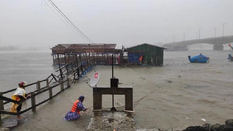 Tin bão số 5: Bão Côn Sơn giật cấp 11 đang lao nhanh hướng thẳng vào Bắc Bộ 2