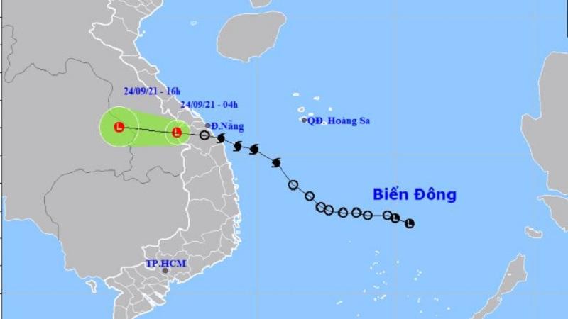 Bão số 6 suy yếu thành áp thấp nhiệt đới, đi vào đất liền miền Trung 1