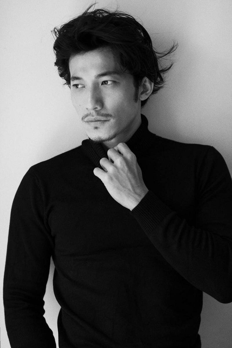 Vượt Sơn Tùng, Liên Bỉnh Phát bất ngờ lọt top 100 Gương mặt tạp chí đẹp nhất châu Á 3