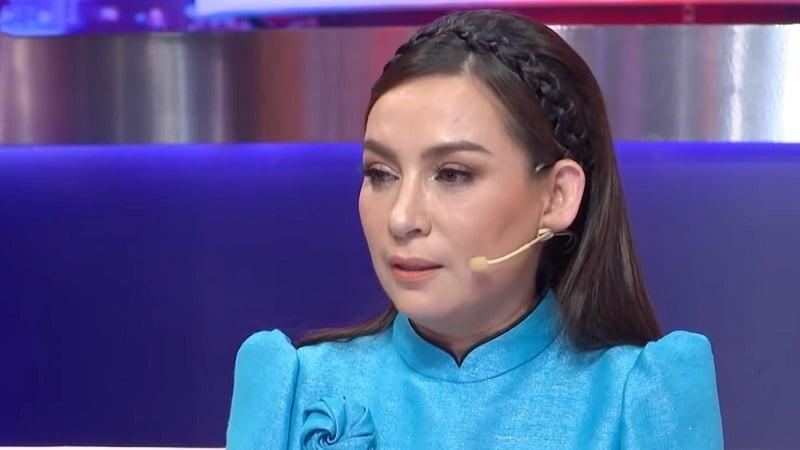 Tưởng nhớ Phi Nhung, Kim Tử Long bị 'nhắc nhở' vì hành động không 'phải phép' với cố ca sĩ 6