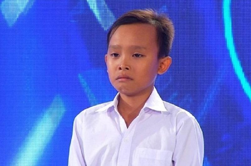 Hồ Văn Cường 'vỗ mặt' quản lý Phi Nhung cực gắt trước thái độ quá tuyệt tình của ekip 6