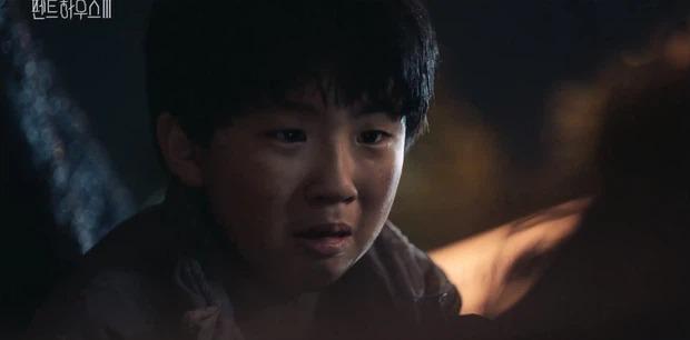 Penthouse 3 - Cuộc chiến thượng lưu 3: Oh Yoon Hee liệu có phải em gái Ju Dan Tae? 2