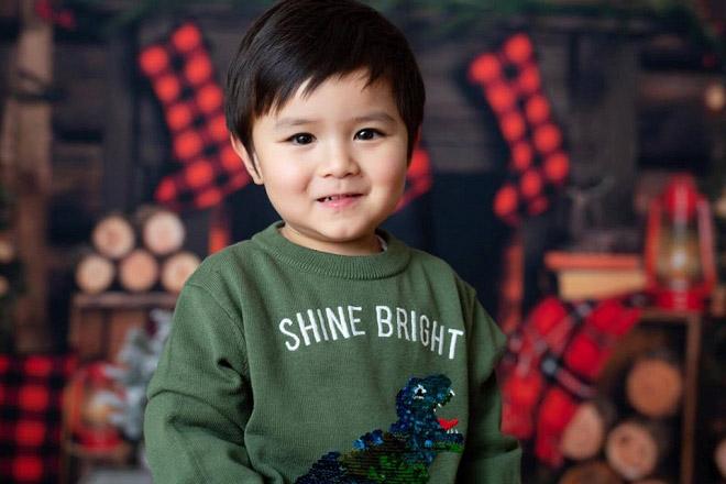Con trai 5 tuổi của Đan Trường không chỉ 'ngậm thìa vàng' mà còn thu về hàng nghìn đô mỗi tháng 2