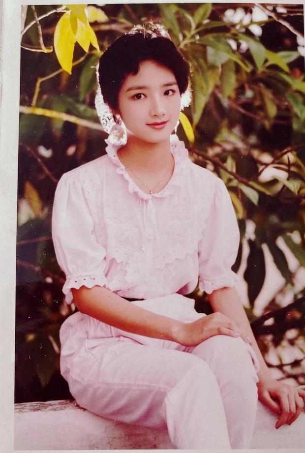 Hoa hậu Giáng My đẹp 'nghiêng nước nghiêng thành' thời thiếu nữ đôi mươi 3