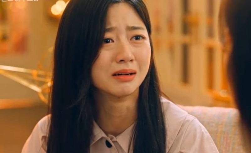 Cuộc chiến thượng lưu 3 tập 10: Ju Dan Tae vào trại tâm thần, Cheon Seo Jin bị con gái cưng 'đánh thuốc' 2