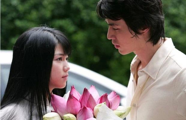 Sao Hàn làm rể Việt trên màn ảnh: Lee Dong Wook đầy lãng mạn, Song Chang Eui ngập tràn ấm áp 2