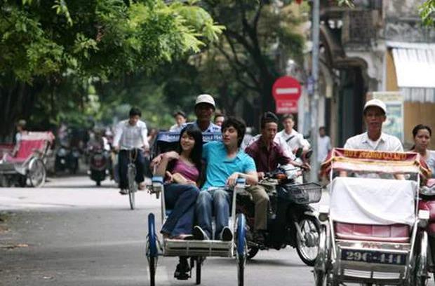 Sao Hàn làm rể Việt trên màn ảnh: Lee Dong Wook đầy lãng mạn, Song Chang Eui ngập tràn ấm áp 5