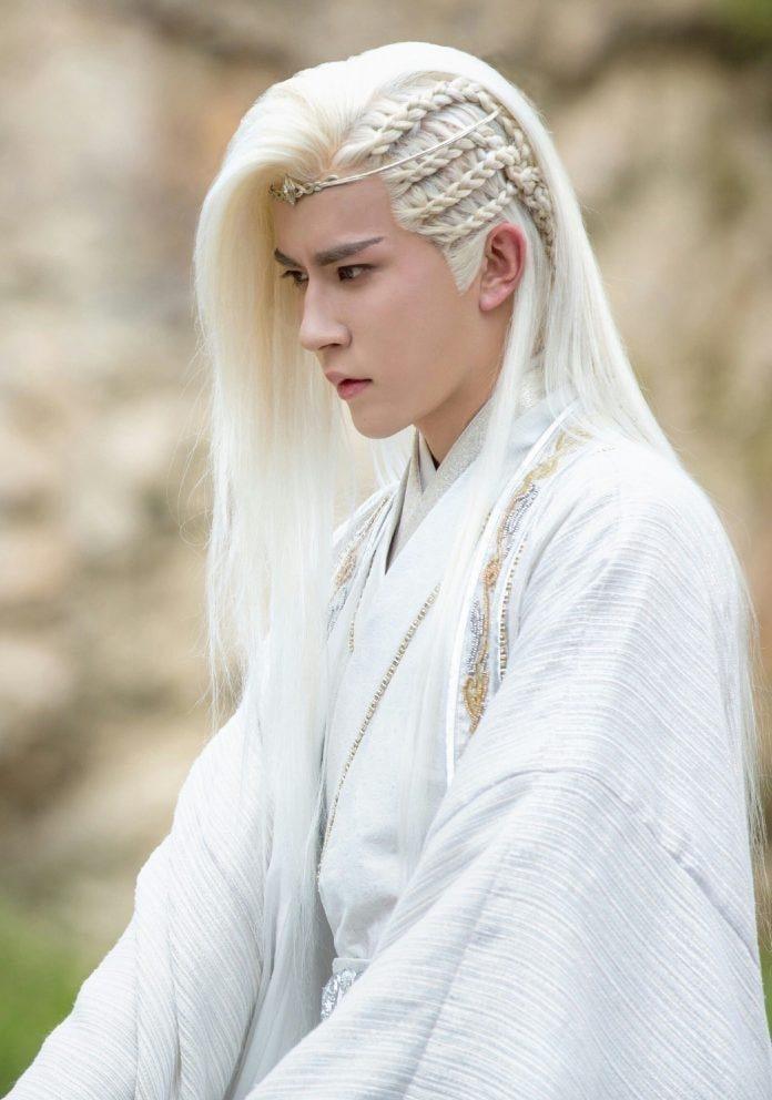 10 mỹ nam cổ trang tóc trắng đẹp ma mị trên màn ảnh Hoa Ngữ 7