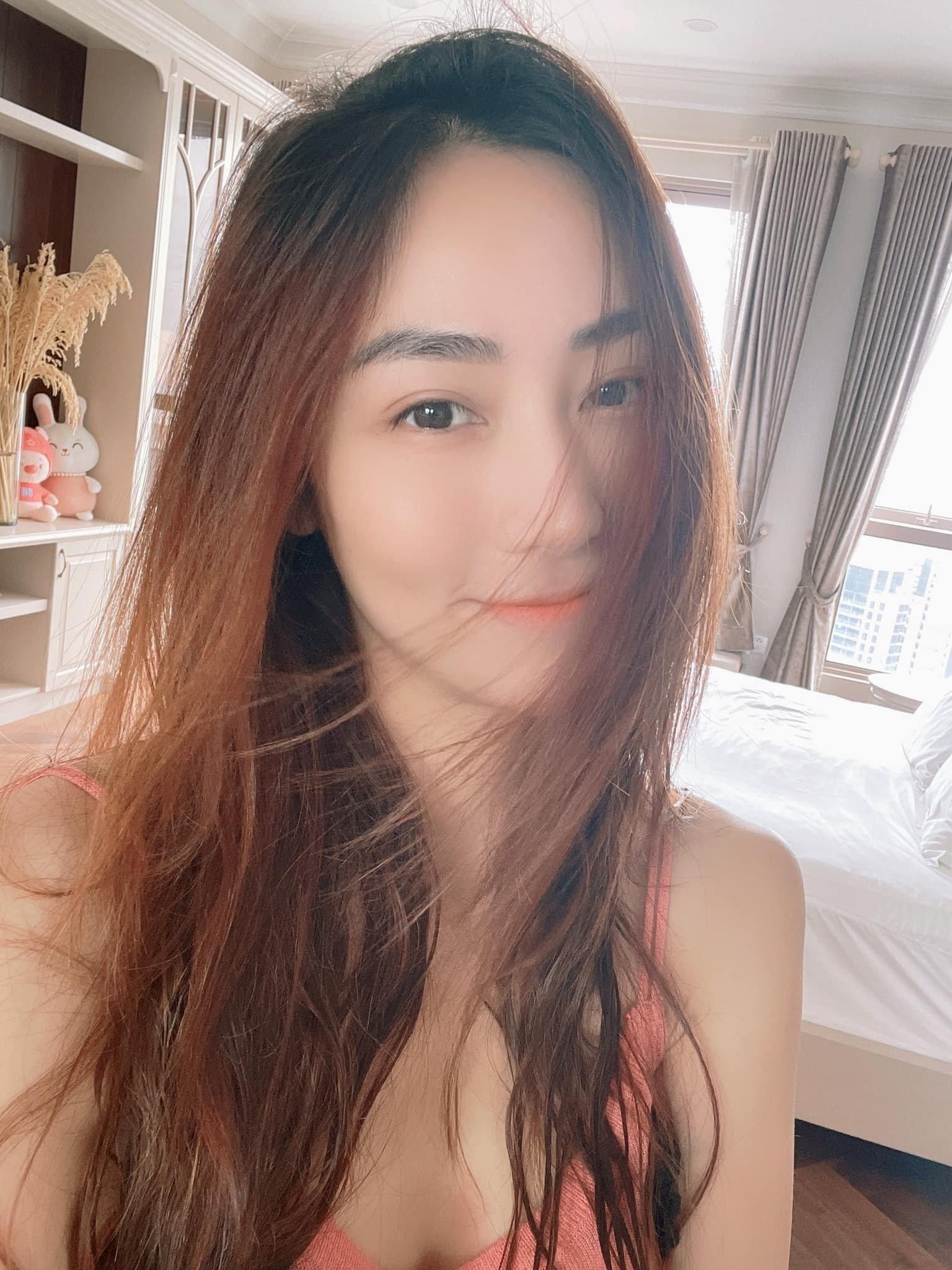 Tin sao Việt 18/8: Mâu Thủy vạ miệng nói về Mai Phương Thúy, mặt mộc của loạt mỹ nhân Vbiz tuổi Sửu 3
