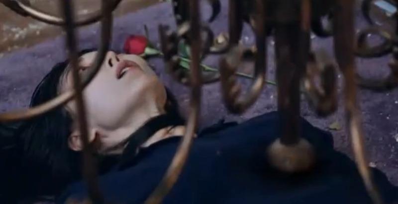 Cuộc chiến thượng lưu 3 tập 11: Cheon Seo Jin về 'chầu trời', Seok Kyung muốn đi tù để 'rửa tội' 15