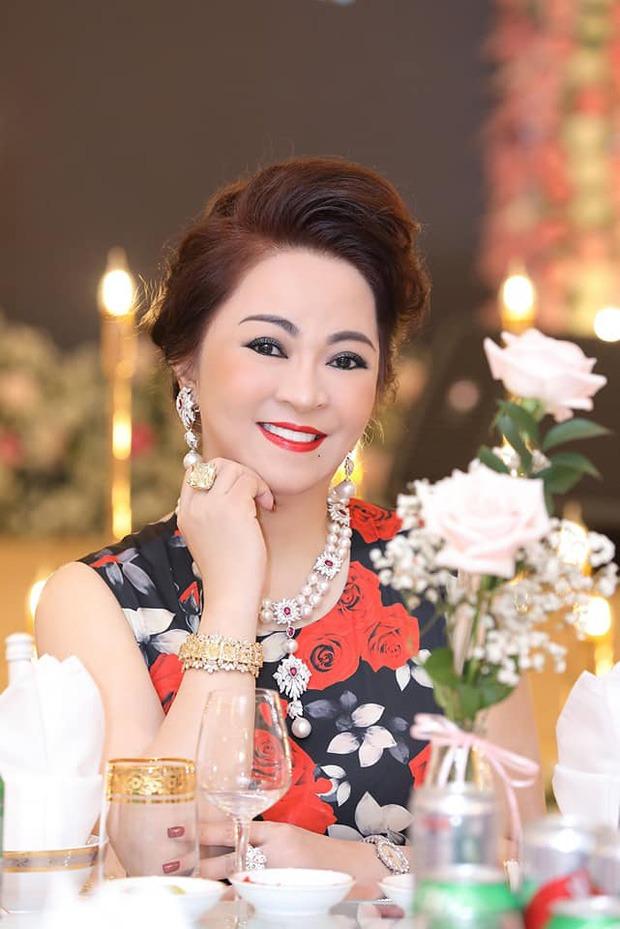 BST kim cương 'lóa mắt' của bà Phương Hằng, giá trị nhất là viên kim cương 'big size' khiến bao người ao ước 1